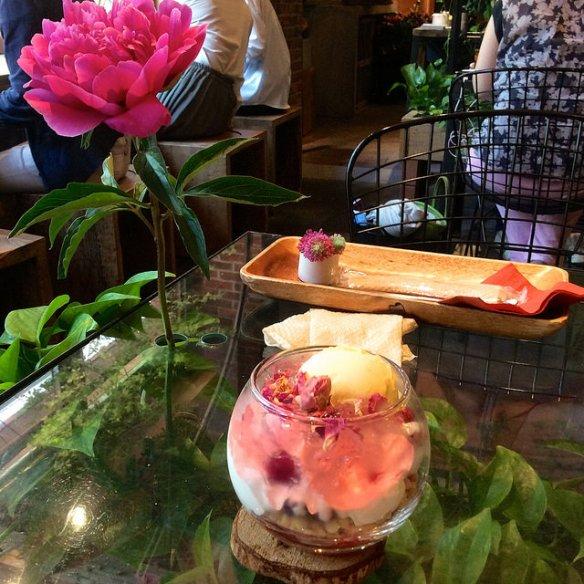 Aoyama Flower Market Tea Room